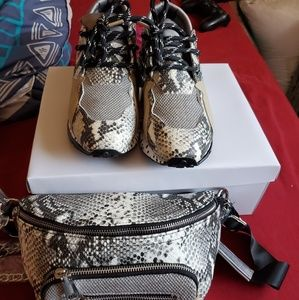 Shoes and fanny pack Steve madden